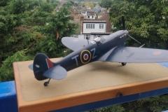 Hobby Boss 1/32 - Spitfire Malta Camo Scheme